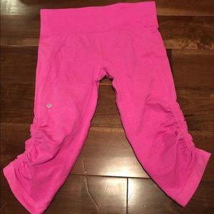 Lululemon pink cropped leggings size 8